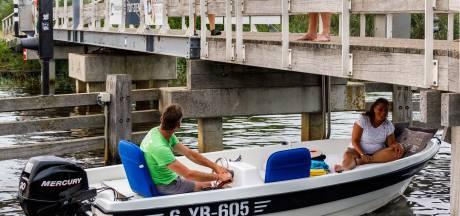 Meer controles na brug-terreur in Giethoorn: 'Maar eerst in gesprek met jongeren'