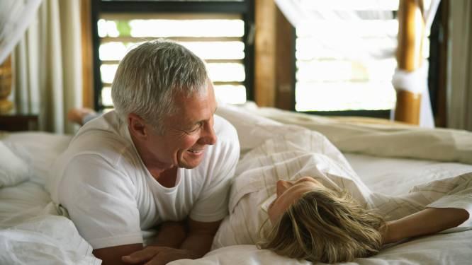 Relatie-expert vertelt: 5 redenen waarom je 's ochtends vaker zou moeten vrijen