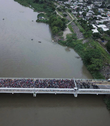 Mexico houdt migrantenstoet tegen aan grens