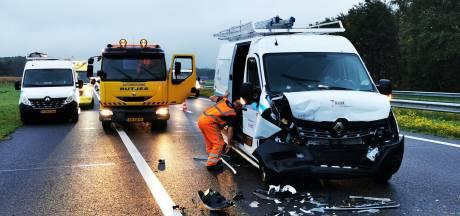 Twee ongevallen kort na elkaar op A18