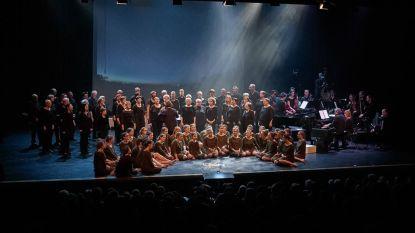 Jeugd- en volwassenenkoren brengen zangspektakel in kerk van Veerle-Heide