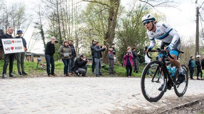 Eindelijk: de renners koersen weer over Berg Ten Houte in Schorisse