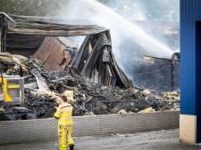 Honderden mensen geëvacueerd na grote brand in Nunspeet