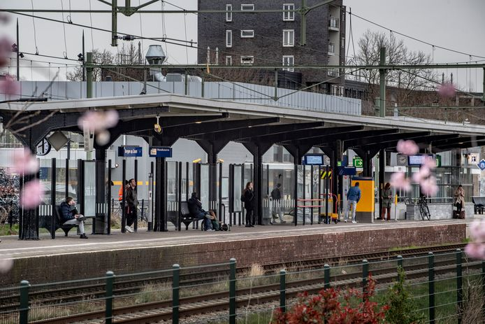Perron van Station Bergen op Zoom.