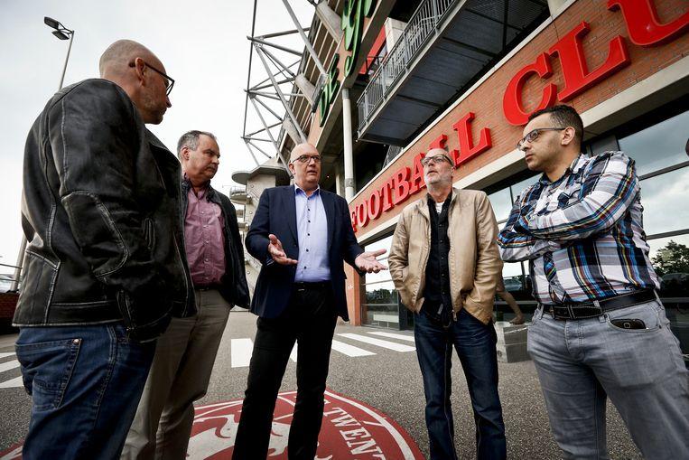 Vertegenwoordigers van supportersverenigingen FC Twente.
