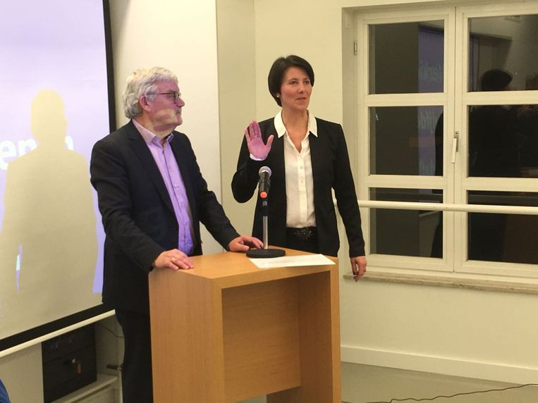 Isabelle Dehond bij burgemeester Peeters