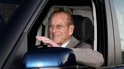 Britten lachen zich een breuk met autocrash prins Philip (97)