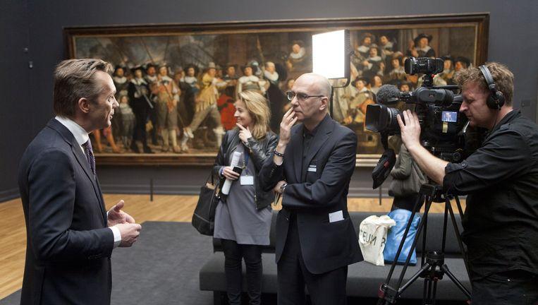 Wim Pijbes staat na de heropening van het museum de pers te woord, in 2013. Beeld Ton Koene