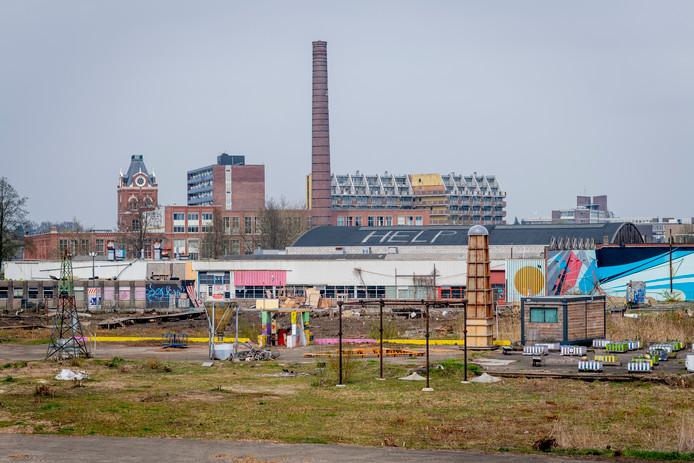 Het Janninkkwartier - de braakliggende vlakte langs de Zuiderval richting het Janninkcomplex - is een concreet woningbouwplan.