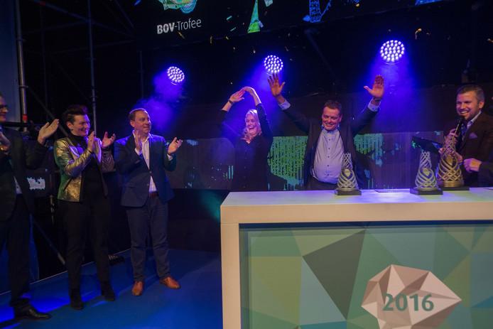Naber Plastics in Waalwijk pakt prestigieuze bedrijventrofee .
