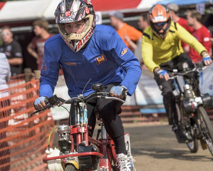 In Heeswijk-Dinther werd de 24-uurs Solexrace gehouden.