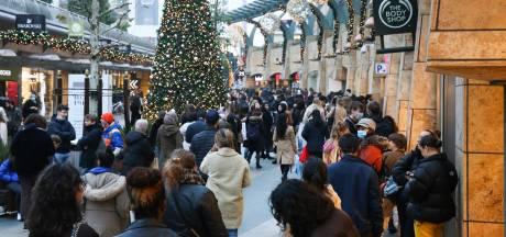 Un afflux de clients aux Pays-Bas, dont de nombreux Belges: les magasins contraints de fermer plus tôt