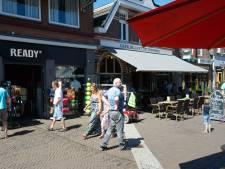 Meerderheid kiest voor vrijgeven koopzondagen in Ommen; alleen christelijke collegepartijen stemmen tegen