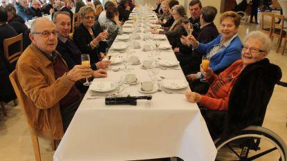 Gratis kerstmaal voor senioren in feestzaal 't Berkenhof