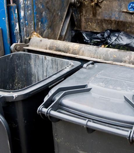 Woerdenaren, Hou je klep (van de afvalbak) dicht
