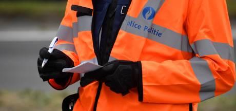 Un policier bruxellois rappelle à l'ordre un homme sans masque et l'intervention tourne mal