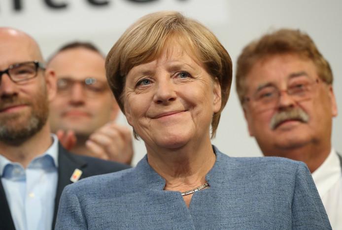 CDU/CSU van Angela Merkel verliest, maar blijft wel de grootste partij.