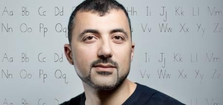 Özcan Akyol: 'Vriendinnen gaven Anna het advies haar tas te verstoppen als ze met mij ging daten'