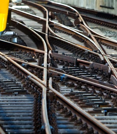 Prorail worstelt met gevolgen van droogte: het spoor verzakt