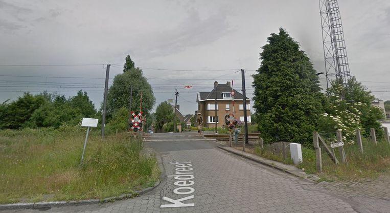 De spooroverweg in de Koedreef.