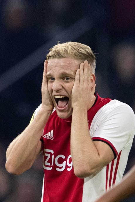 Eerste competitieverlies onmachtig Ajax in aanloop naar CL-kraker
