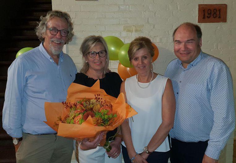 """CDE-Vlim.be met v.l.n.r.: Staf Willemsens, voorzitter Isabel Druyts, Ingrid Van Genechten en lijsttrekker Bart Craane. """"We zetten alle scenario's op een rijtje. Er is geen haast bij"""", zegt Craane."""