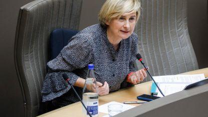 LIVE. Vlaams parlement buigt zich met minister Crevits over coronamaatregelen rond werk en economie