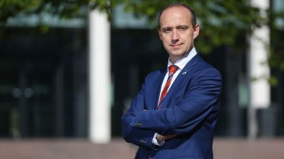 Burgemeester Wim Dries verontschuldigt zich voor miscommunicatie rond vergunning vuurwerk Bokrijk