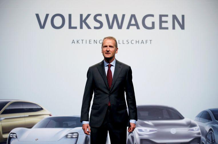 Topman Herbert Diess van Volkswagen maakte de investering bekend tijdens de autoshow van Detroit.