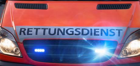 Inzittenden Porsche 911 zwaargewond bij aanrijding in Emmerik