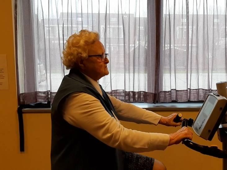 De bewoners van dit woonzorgcentrum zijn nog hartstikke sportief