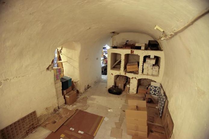 De kelders fungeerden in de middeleeuwen als herberg. foto Ton van de Meulenhof