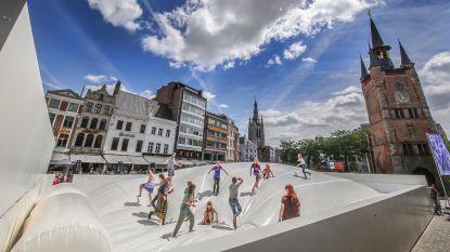 """2,8 miljoen euro naar nieuw stadsfestival Paradise: """"Handels- en horecazaken in Kortrijk genieten mee"""""""