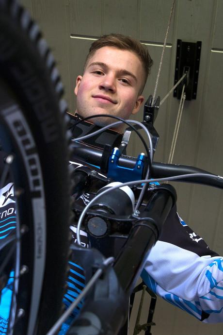 Spectaculair! Botteram filmt winnende race tijdens City Downhill Nijmegen