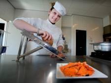 Leerdamse Yvette van Ooijen(18): 'Kok worden is een droom die uitkomt'