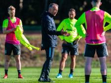 Edward Sturing evenaart als 'Comeback-kid' bij Vitesse NEC'er Leen Looijen