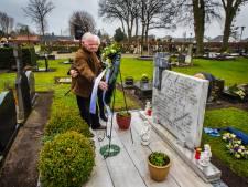 Losser herdenkt vliegramp waar 6 doden vielen: 'Het is een groot verdriet'