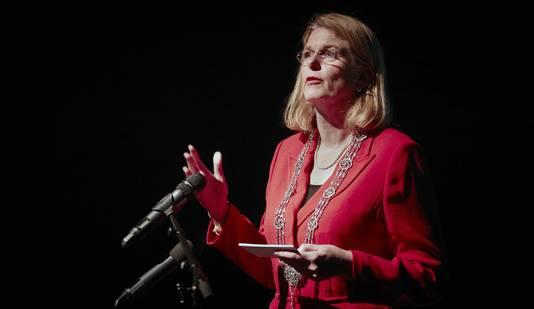 Burgemeester Pauline Krikke is blij met het gebiedsverbod voor 'haatimam' Fawaz.