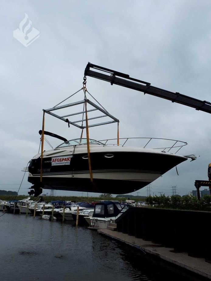 De in beslag genomen boot