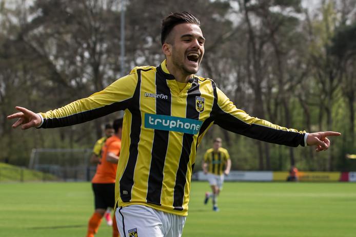 Anil Mercan scoorde voor Jong Vitesse tegen HSC'21.