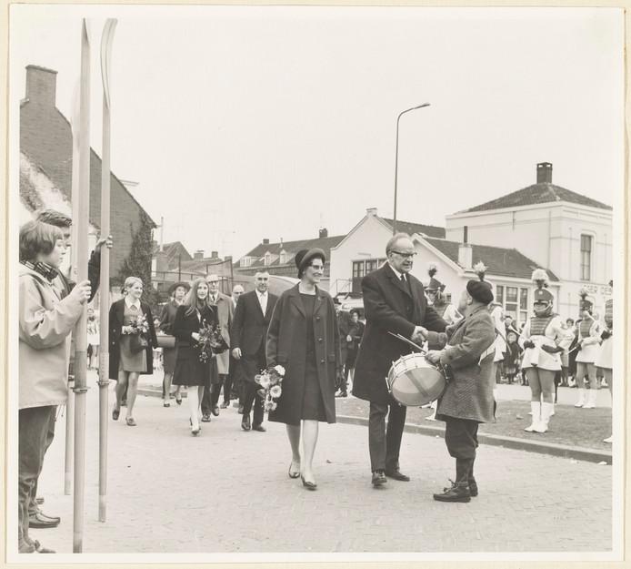 Gerard Slotboom bij het afscheid van burgemeester Maarten de Niet.