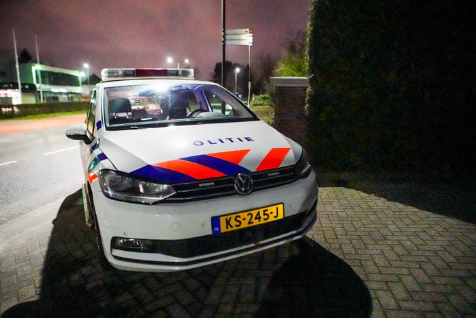 De politie is een onderzoek begonnen na een woningoverval aan het Emopad in Geldrop.