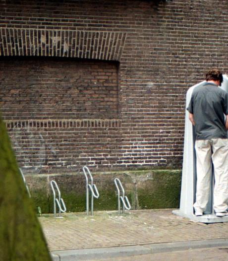 Proef met toilet voor vrouwen tijdens Vastenavend Bergen op Zoom
