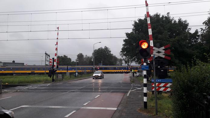 Dubbele spoorwegovergang in Boxtel.