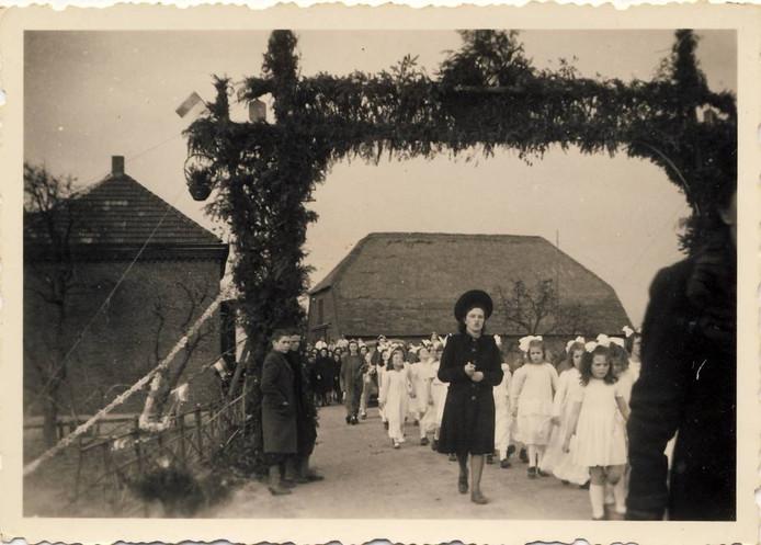 Processies waren vroeger grote gebeurtenissen in Alphen.