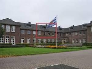 Laat West-Zeeuws-Vlaanderen maar eens oorverdovend met de vuist op tafel slaan