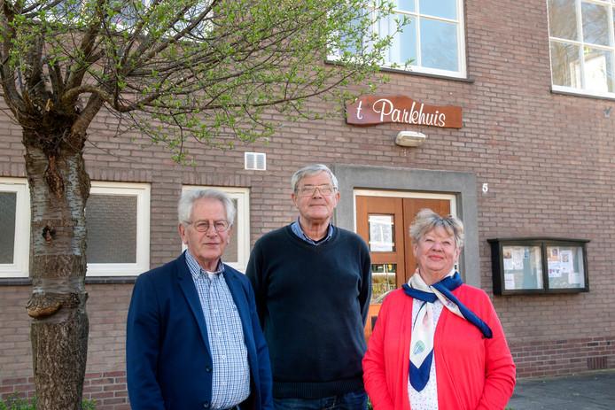 Parkhuis-bestuursleden van het eerste uur. Vanaf links: Theo Lammers, Bart Elissen en Hilde Brekelmans.