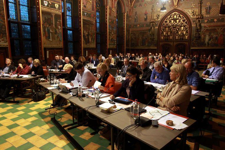 Brugge gemeenteraad debat geweld