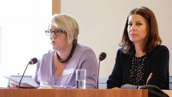 Tina Martens en Sandrine Cnapelinckx werden vandaag verhoord in het Brussels Parlement.