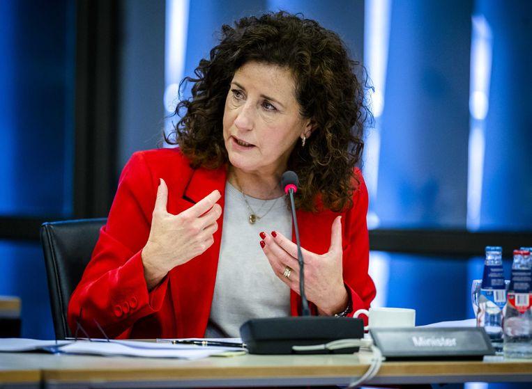 Minister Ingrid van Engelshoven (Onderwijs, Cultuur en Wetenschap) tijdens het debat over mbo. Beeld ANP/Remko de Waal
